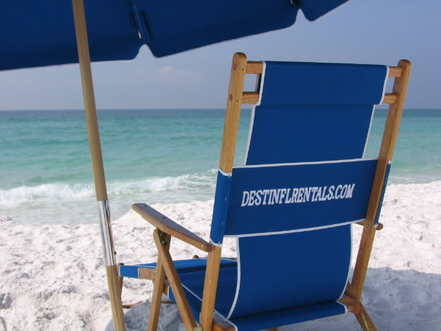 Rental condos and homes that allow dogs and cats in Destin.
